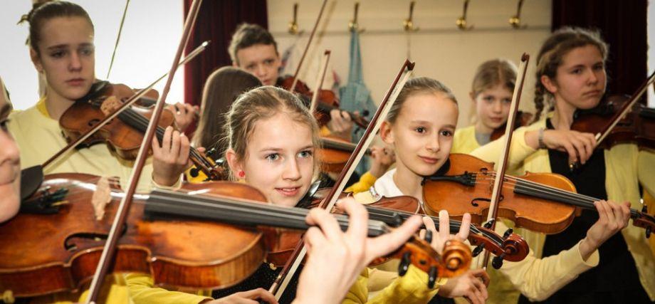 Haspa Musik Stiftung verleiht Instrumente