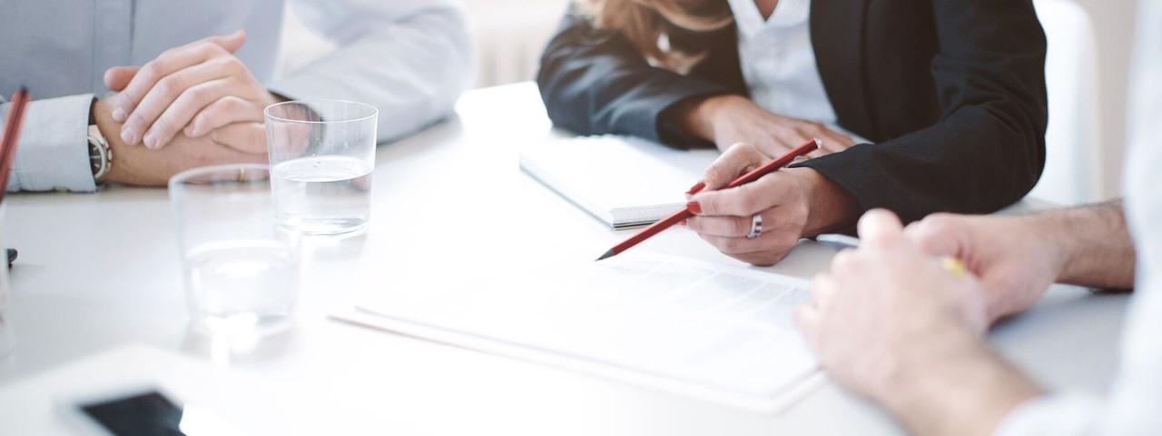 Wir bieten professionelles Financial Planning mit Ihrem persönlichen Berater - Certified Financial Planner - an.