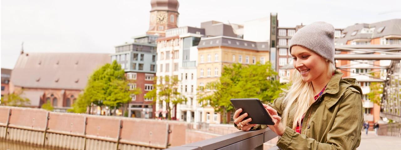 Mit den Angeboten der Haspa OnlineServices verwalten Sie Ihr Konto auch unterwegs ganz bequem.
