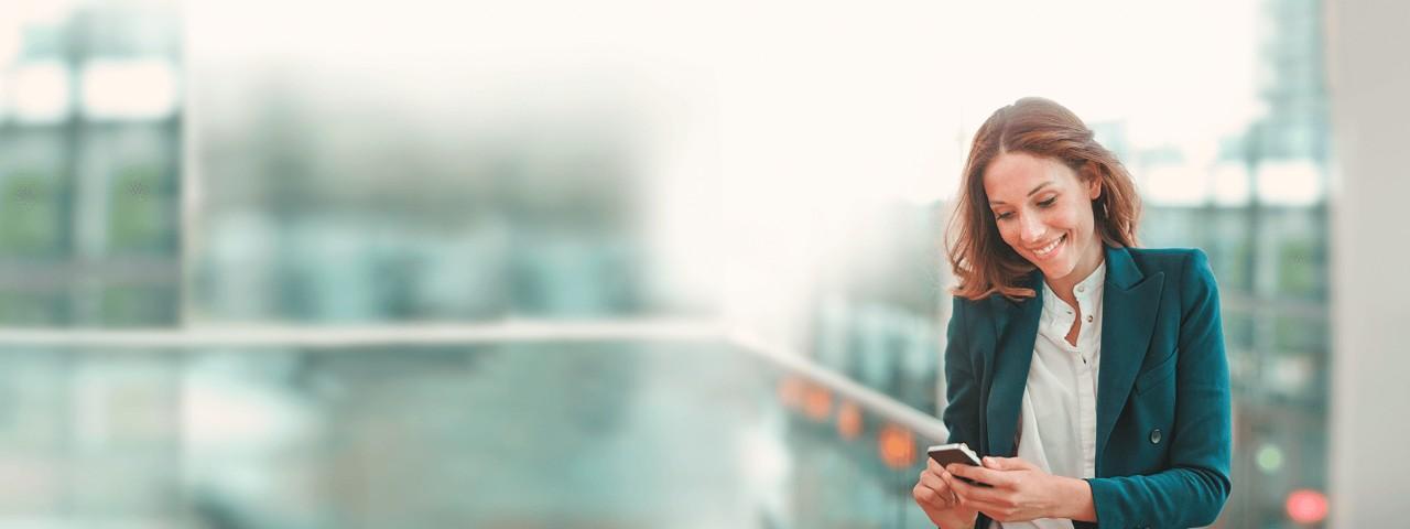 Mit dem TelefonBanking der Haspa können Sie Ihre Bankgeschäfte auch ohne Internet ganz einfach telefonisch erteilen.