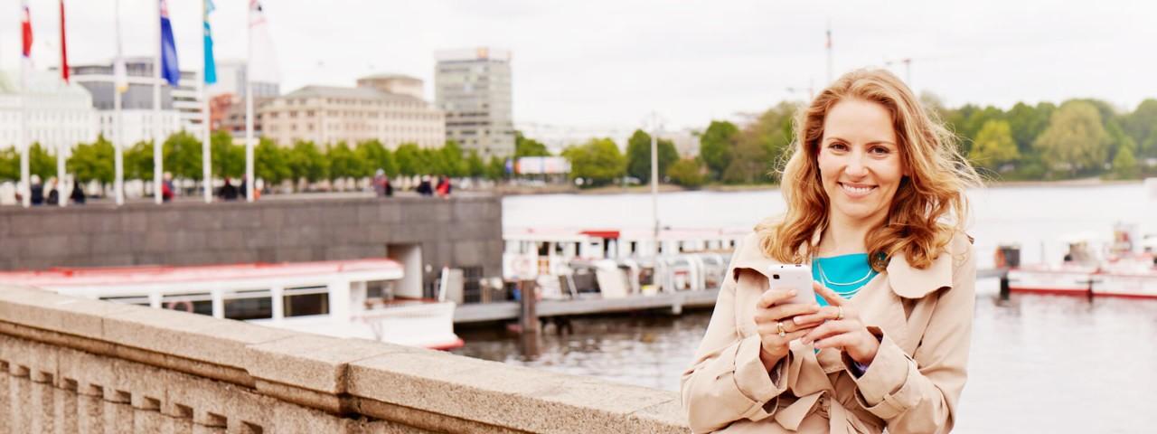 Mit der persönlichen .hamburg-Domain verbinden Sie sich noch stärker mit Ihrer Heimatstadt Hamburg.